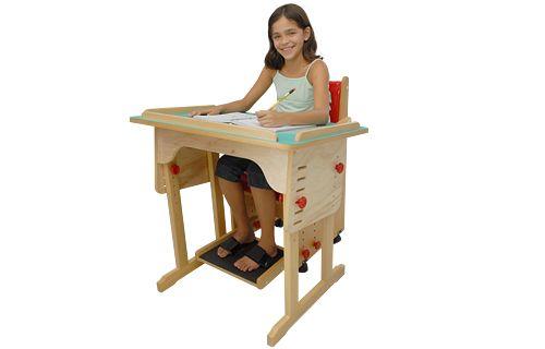 Mesa Regulável para uso escolar